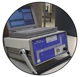 Benchtop Model 7100 GC/SAW Vapor Analyzer.