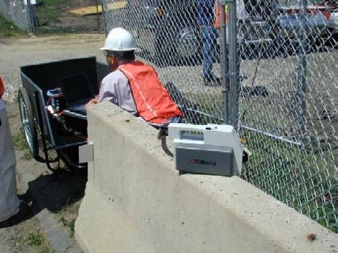 Real time monitoring of site odors located at street entrance (downwind).