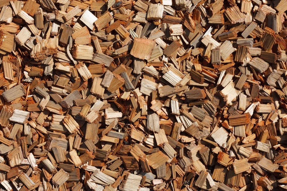 Wood chips to keep animals warm coduction convection and