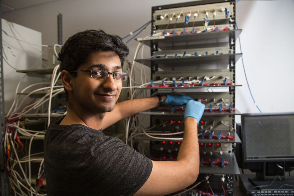 UH Graduate Engineering Student Earns NASA Fellowship to Help Build Advanced Battery