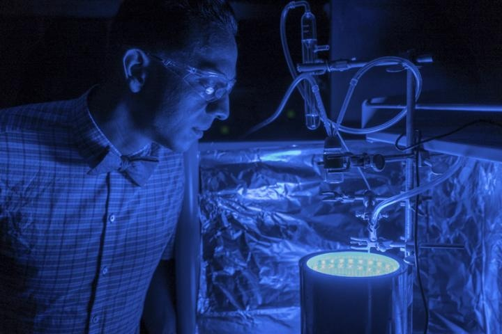 Innovative Artificial Photosynthesis Process Could Clean Air, Produce Energy