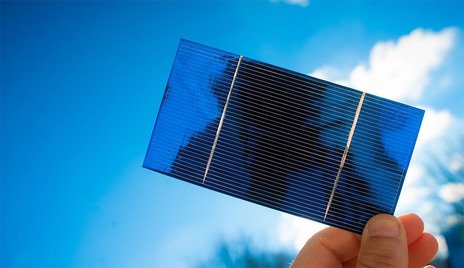 On Edge Perovskite Improves Solar Cell Efficiency