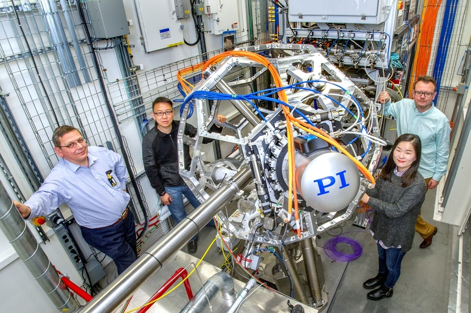 Turning Carbon Dioxide Into Usable Energy and Chemicals
