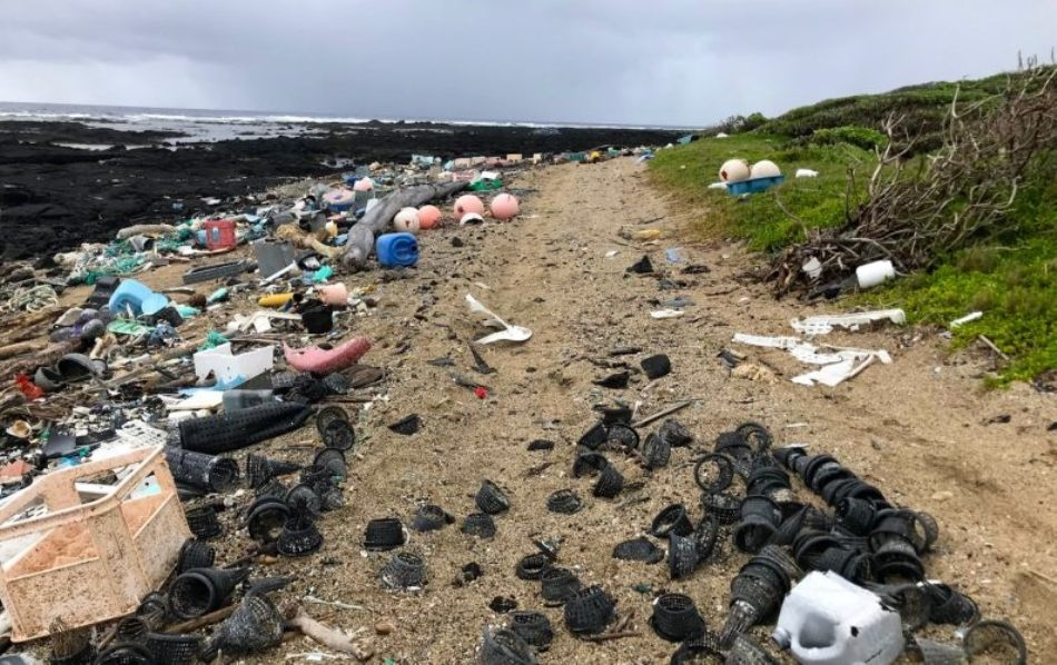 Common Plastics Emit Greenhouse Gases When Exposed to Sunlight