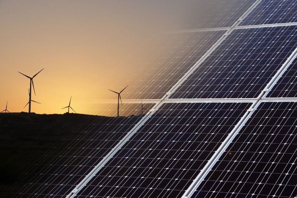 Newly Developed Flags Produce Electrical Energy Using Solar and Wind Power
