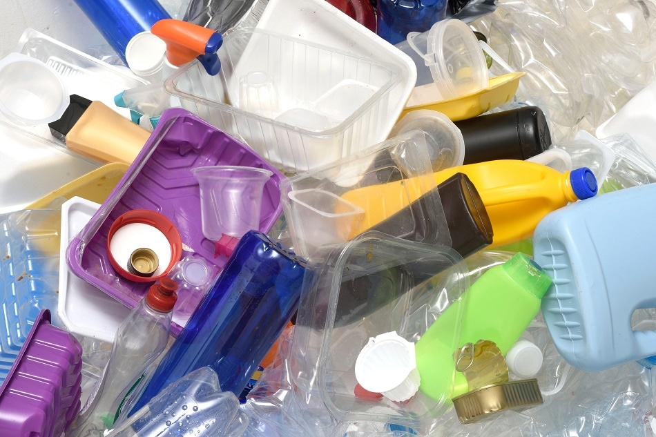 Major Corporations Back Factory Using Enzymes to Recycle Plastics