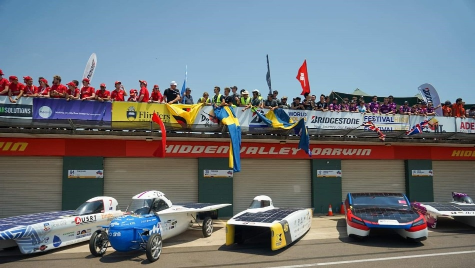 Fossil Free Solar Cars in the World´s Longest Student Race