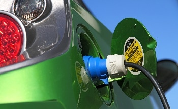 Survey Reveals Common Plug-In Hybrid User Trends